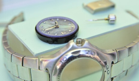 Tag Heuer movement and rebuild case ready to assemble